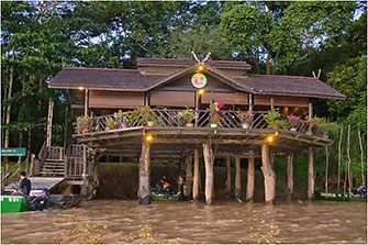 Kinabatangan River Lodge, Borneo, 2014 by Dr. Wayne Lynch ©